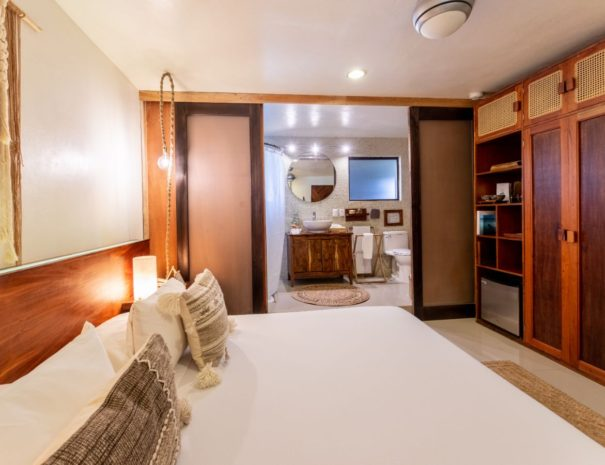Room_5_Mezzanine8